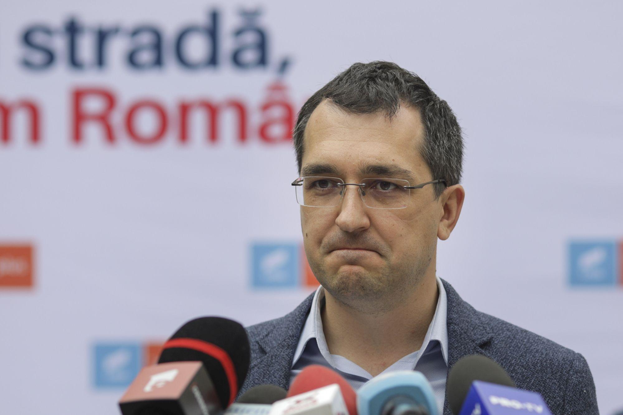 """Ministerul Sănătăţii îi cere lui Vlad Vasile Voiculescu """"să înceteze diseminarea informaţiilor false în spaţiul public"""""""