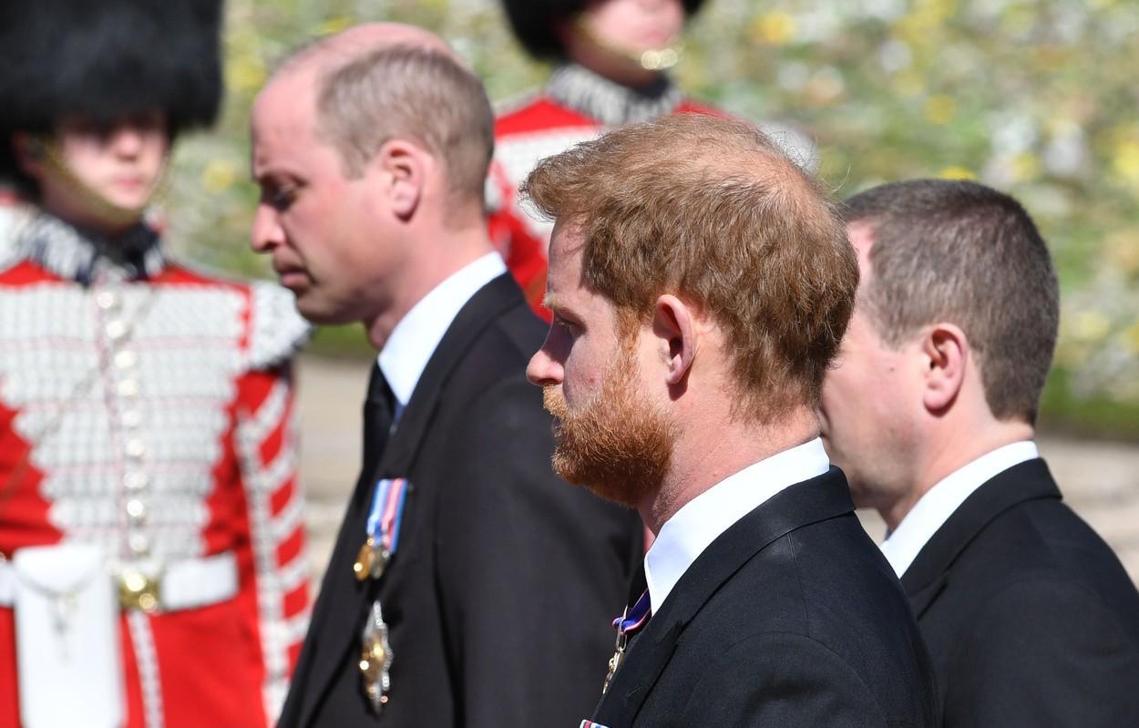 Ce au vorbit William și Harry la înmormântarea bunicului lor, Prinţul Philip