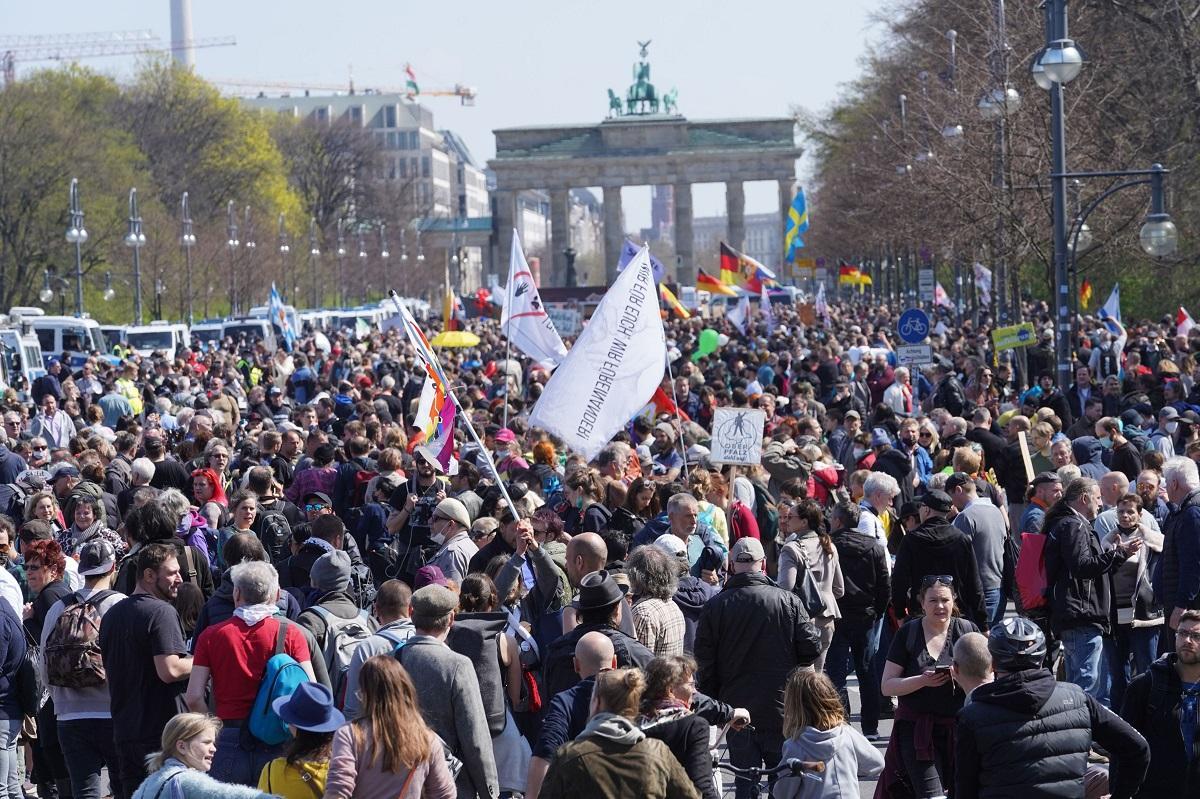 Şapte participanţi la protestele de la Berlin au fost arestaţi