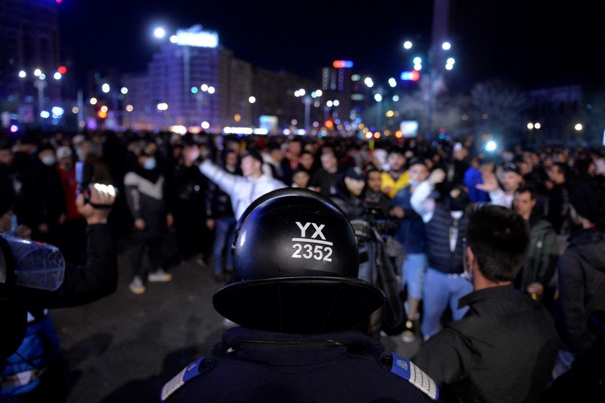 4 persoane au fost plasate în arest preventiv, după protestele violente împotriva restricțiilor din zona Piaţa Unirii