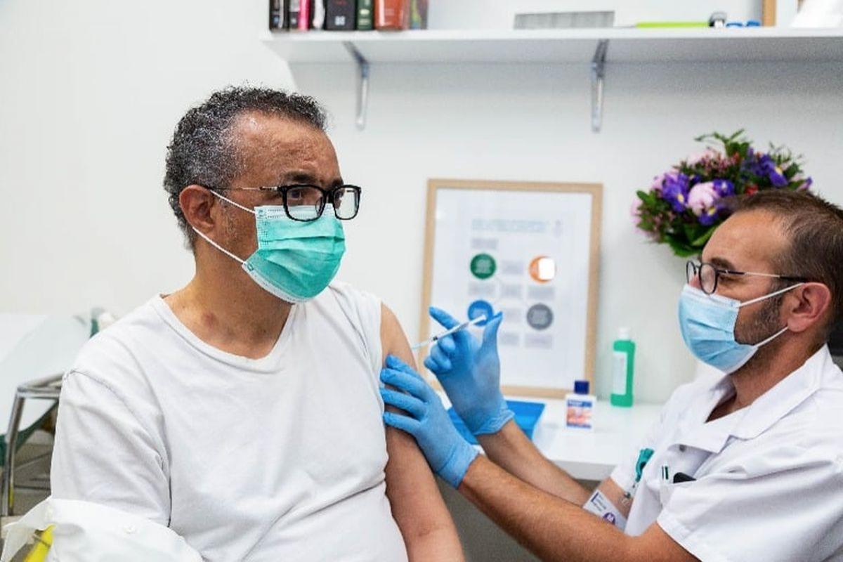 Tedros Adhanom Ghebreyesus primește vaccinul împotriva Covid-19