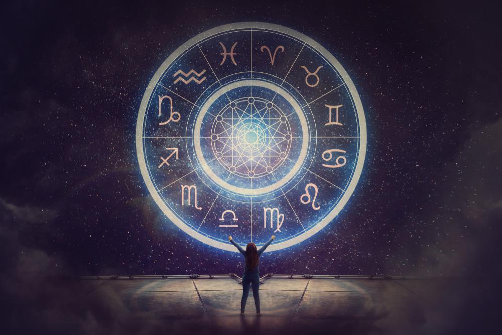 Horoscop 16 mai. Este o zi a marilor schimbări. Dragostea pluteşte în aer pentru unii nativi