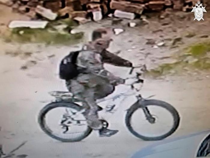 Sergey Matyushin, surprins de camerele CCTV locale, a fost identificat și găsit a doua zi după crimă