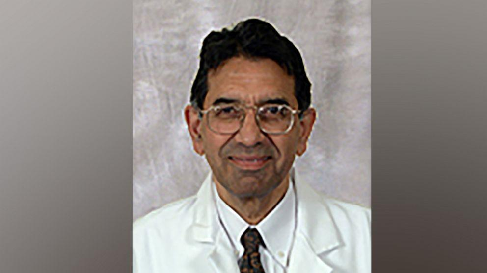 Un renumit medic infecționist din SUA a murit de Covid în India, unde mersese pentru a-și salva familia