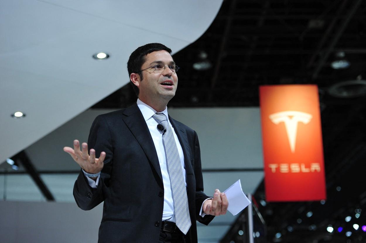 Un important șef de la Tesla a părăsit compania. Suma fabuloasă pe care a încasat-o prin vânzarea acțiunilor