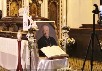 episcopul-grecocatolic-florentin-crihalmeanu-omagiat-de-papa-francisc