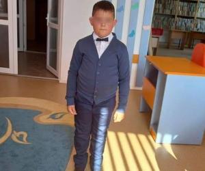 Un copil de şapte ani din Botoşani a murit în spital, după ce i s-a făcut rău la şcoală. Se crede că din cauza măştii de protecţie